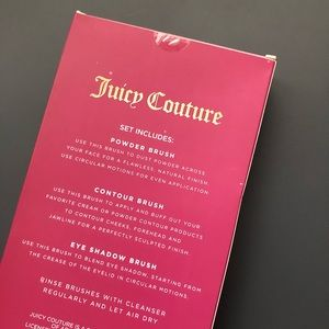 JUICY COUTURE BRUSH SET